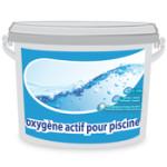de l'oxygène actif pour le traitement de la piscine
